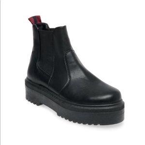 Steve Madden Yardley Boot, black, size 9